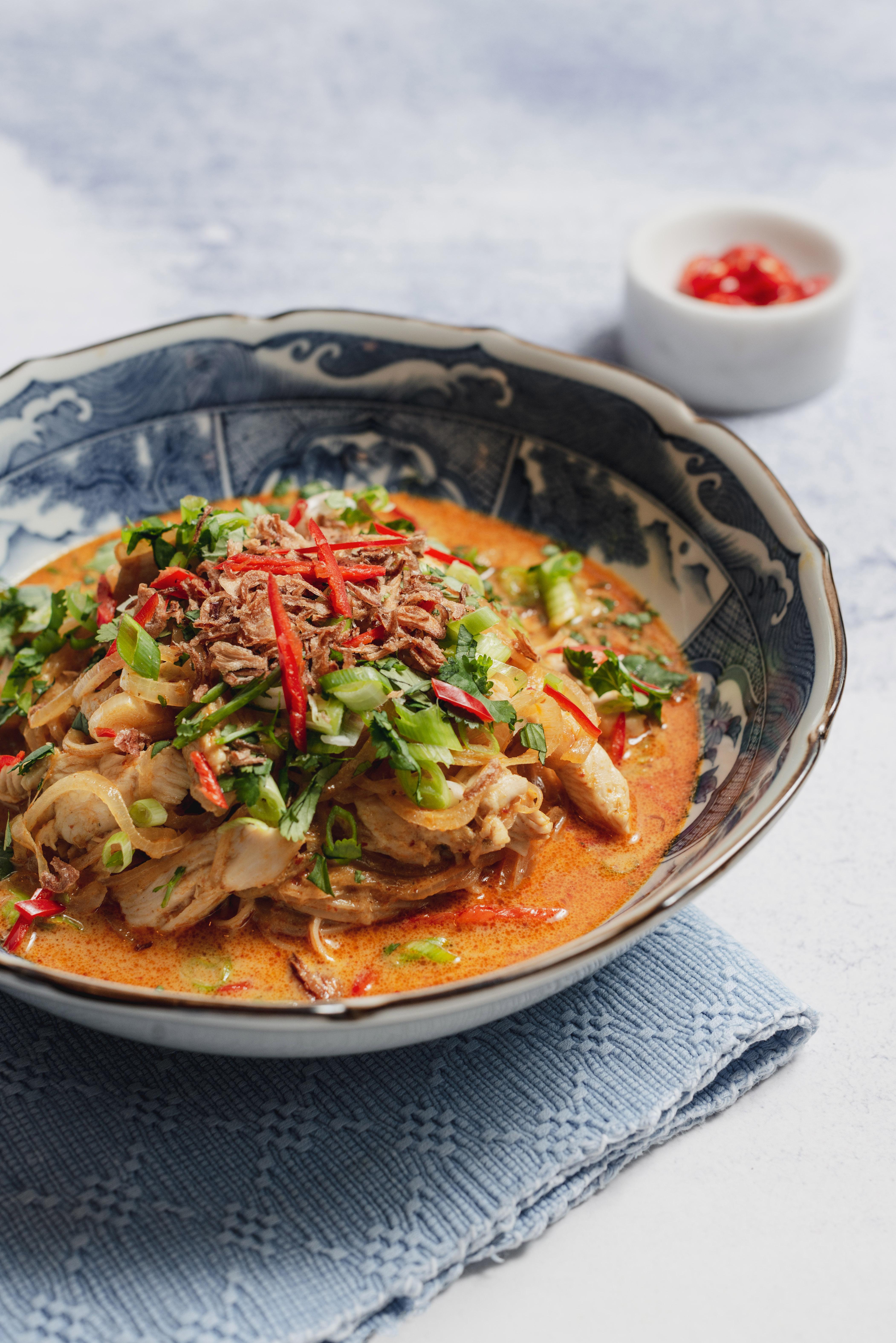 Chiang mai chicken soy bean spaghetti slendier